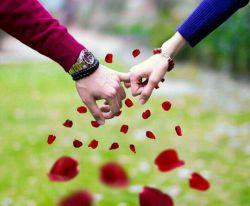 محمد جونم: با تو دنیام رنگارنگه یه آهنگه هماهنگه حتی وقتی پیشم هستی دلم تنگه دلم تنگه....