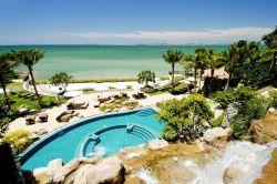 بهترین هتل های پاتایا  هتل گاردن کلیف ریزرت، هتل ای وان، هتل نیو نردیک هالیدی و هتل آماری رزیدنس از بهترین هتلهای پاتایا برای اقامت در تور تایلند هستند. به شما توصیه میکنیم در سفر به کشور تایلند با اطلاع از امکانات هتل، آن را برای اقامت انتخاب کنید.
