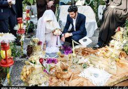 #زوج مومن انقلابی دیروز زوج جوانی مراسم ازدواج خود را در قطعه۴۰بهشت زهرا معروف به سرداران بی پلاک برگزار کردند.