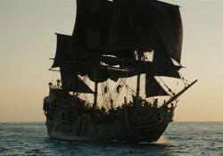 فیلم سینمایی دزدان دریایی کارائیب: نفرین مروارید سیاه  www.filimo.com/m/QE5tl