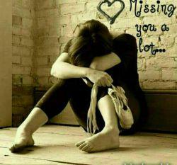 هرکسی به اندازه ...  ضربه هایی که خورده ... تنهاییشو محکم تر بغل میکنه...