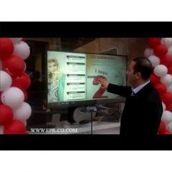 نمایشگر شیشه ای در طراحی دکوراسیون داخلی و غرفه آرایی