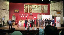 جشنواره کورش مال مجریان: میلاد حسن زاده و نیلوفر نگهبان