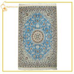 فرش دستباف کاشان با طرح لچک ترنج www.rugcherry.com
