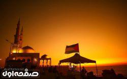 غروب آفتاب بر فراز مسجدی در کنار دریا، غزه