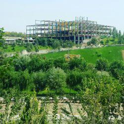 نمونه ای از بی توجهی و بد سلیقگی شهری که حسابی این چشم انداز  زیبا رو خراب کرده. #چشم_انداز #شهر #تهران