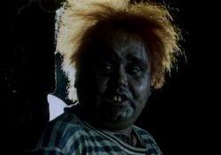 فیلم سینمایی دزد عروسک ها  www.filimo.com/m/0A9NS