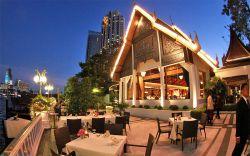 رستوران هارمونیک (Harmonique) بانکوک این رستوران یک فضای صمیمی و آرامشبخش دارد و پر از وسایل آنتیک و گیاهان مختلف است. در آشپزخانه تایلندی این رستوران بیشتر غذاهای دریایی سرو میشود و اگر تمایل دارید به این رستوران برای صرف ناهار یا شام بین 500 تا 700 بات باید هزینه نمایید.