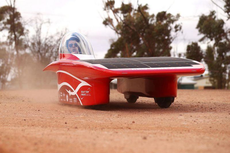 مسابقات رالی خودروهای خورشیدی در استرالیا