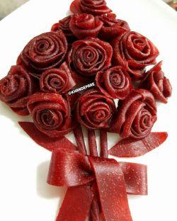 دسته گلهای قبل از این سوء تفاهم بودن...سلام عزیزام شبتون ستاره بارون این دسته گل لواشکی تقدیم به تک تکتون شماهم تقدیم کنید به عزیزانتون