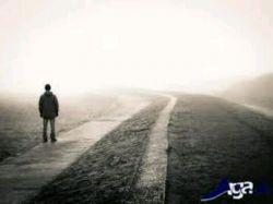 تنهایی را دوست خواهم داشت چرا که دیگر کسی احساسم را بازیچه دست خود قرار نمیدهد
