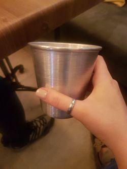قدیم ما تو اینا آب میریختیم میذاشتیم فریزر یخ میبست، الان تو کافه های لاکچری میدن