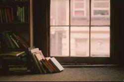 کیفیت زندگی شما را دو چیز تعیین میکند: کتاب هایی که میخوانید و انسان هایی که ملاقات میکنید. مارشال ـ مک ـ لوهان