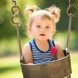 موی کوتاه به دختری میاد که موی بور داره با چشمای رنگی و صورت سفید و بینی کوچیک، نه شمایی که کوتاه کنی شبیه خواهر مهران رجبی میشی دوست من :))