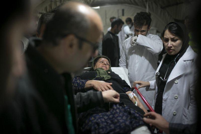 بیمارستان صحرایی در شهر زلزله زده سرپل ذهاب در کرمانشاه