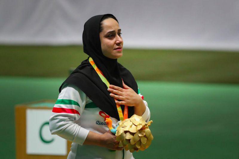 ساره جوانمردی دارنده ۲ طلای پارالمپیک، مدال طلای خود در بازی های پارالمپیک ریو را برای کمک به زلزله زدگان کرمانشاه به حراج گذاشت.