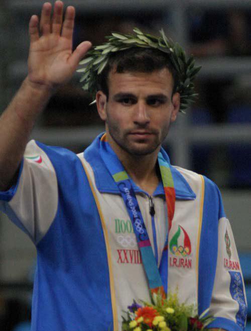 مسعود مصطفیجوكار نایب قهرمان المپیك ۲۰۰۴ آتن تنها مدال المپیكی خود را برای كمك به مردم زلزلهزده كرمانشاه به حراج گذاشت
