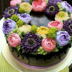 سلام دوستان شبتون بخیر .. خواستم به نوبه ی خودم به دوست عزیز و قدیمیم محسن جان (یزدان) تولدشو تبریک بگم : آبانی جان تولدت مبارک باشه (*^_^*) عمری پر از برکت و خوشی و اتفاقای خوب برات آرزو دارم و اینکه خیلی چاکرخاتم رفیق با مرامم ❤️❤️