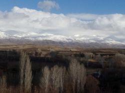 چند تا عکس بزارم از طبیعت زیبای شهرمون ((ترکمنچای)) ∩__∩