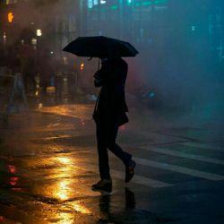 شب های پاییزی رو دوست دارم كه باد و بارونش فقط برای  شستن غمهامون باشه ✔✔✔ عمرتون بلند، آرزوهاتون دست یافتنی،   دلتون شاد و  شب تون آرام......