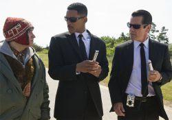 فیلم سینمایی مردان سیاه پوش 3  www.filimo.com/m/vN7q5