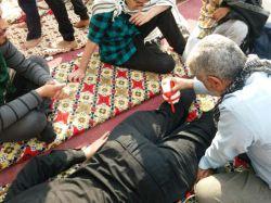 ماساژ دادن در مسیر نجف اشرف به کربلای معلی ایام #اربعین۹۶