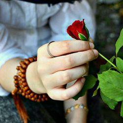 یادمان باشدامروزصبح راجوردیگری باشیم-مهربان باشیم باهمه-خانه دل بتکانیم ازغم-وبزداییم دیگر،تارکدورت ازدل-یادمان باشدامروزصبح به نسیم ازسرصدق سلامی بکنیم..سلام صبحتون با مهر⚘⚘⚘⚘