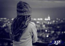 ای خداوند یکی یار جفا کارش ده/دلبر عشوه گر سرکش خونخوارش ده/تا بداند که شب ما به چه سان می گذرد/غم عشقش ده و عشقش ده و عشقش ده و بسیارش ده