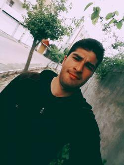 میرزا اسدخان به شهر نقل مکان کرده است و می خواهد مدتی در شهر زندگی کند  اسداسماعیلی