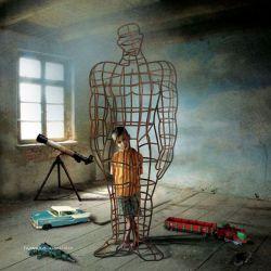 همه انسان های بزرگ کودکانی هستند که درون زندانی به نام بزرگسالی گرفتار شده اند.