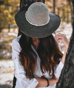 آموخته ام اگر اصرار دارم رازی رابفهمم باید منتظر شنیدن دشوار ترین حقایق نهفته در آن نیز باشم..