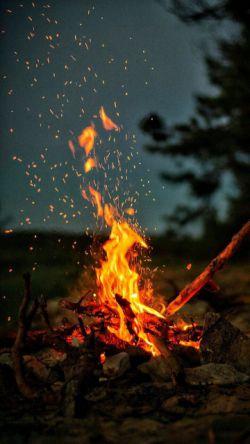 آنجا که دلی بود...  به میخانه نشستیم آن توبه صد ساله به  پیمانه شکستیم از آتش دوزخ  نهراسیم که آن شب ما توبه شکستیم  ولی دل نشکستیم مولانا
