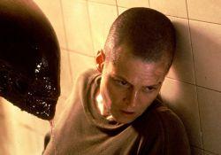 فیلم سینمایی بیگانه 3  www.filimo.com/m/J6KLz