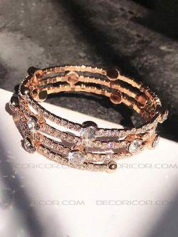 دستبند چند فنری چند ردیفه قیمت 70000 تومان www.Decoricor.com  Telegram.me/Decoricor_com  براى سفارش میتوانید به 09194489197 تلگرام مسیج بدهید یا تماس بگیرید و یا از سایت ما خرید آنلاین كنید.