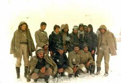 برف، سردشان نمیکرد! بس که گرمِ ایمان بود وجودشان...