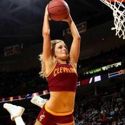 زن من باید ورزشکار باشه ....اووووم آررررره