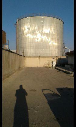 همین الان یهویی من و مخزن نفت کنار گمرک بوشهر