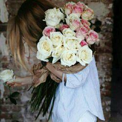 سلام  روزتون بخیر دوستان این گلها روتقدیم میکنم به تک تکتون شما هم دوست داشتید هدیه کنید به دوستانتون ...