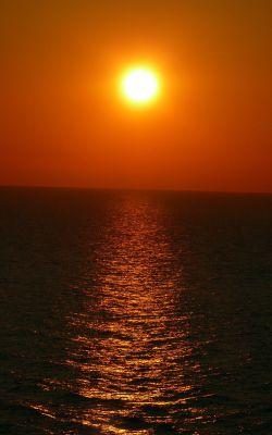 وقتی به امید طلوع فردایی، غروب امشب زیباترین صحنهی دنیاست ...