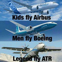 کاوه خلیلی ، خلبان دوم هواپیمای سقوط کرده ATR ، ده روز پیش در یک پست اینستاگرامی در خصوص این نوع هواپیما مطلبی منتشر کرده بود ✅ خلیلی در اینستاگرام نوشت : ❌ بچه ها با ایرباس پرواز می کنند ❌ مردان با بوئینگ پرواز می کنند ❌ قهرمانان افسانه ای با ATR پرواز می کنند ❌ #تسلیت #الفاتحه_مع_الصلوات ❤