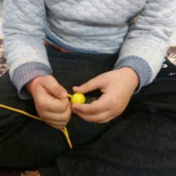 #مهرمهدوی به نیت امام زمانم در حال آموزش کودک اتیسمم هستم نخ مهره  #اتیسم
