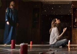 فیلم سینمایی یک آهنگ تاریک  www.filimo.com/m/Gh0VI