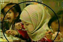 میگویند:مادر رو ببین دختر رو بگیر ....من میگویم :دختر را ببین مادر را ستایش کن ....سلام دوستای گلم صبحتون بخیر ـقلبمید ☺