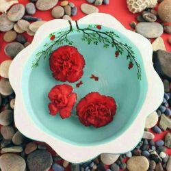 شبیه ماهی قرمز، اسیر تُنگ رویایم؛ رهایی را نمیخواهم،اگرچه اهل دریایم... #عیدتون_مبارک#۱۳۹۷#مریم_اروجی❤️