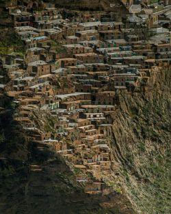 معماری زیبا روستای هورامان،کردستان حالا گوشیتو برگردون