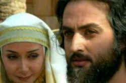 #اندکی_تفکر .... زلیخا:یکی از زنان اشراف به همسرش خیانت کرده 'شنیده ام عاشق شده است ! یوسف:باور نکنید بانوی من عشق مقدس است و عاشق اهل خیانت نیست ! زلیخا:کار دل است دلیل ومنطق نمیشناسد  یوسف:عاشق ناپاکی را به حریم پاک ومقدس دل راه نمیدهد #هوس_را_نباید_عشق_معنی_کرد...