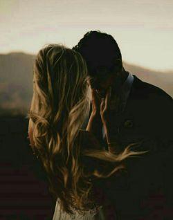 آتشـی در دل نهــادی سوخت آواز دلم/ تا کجا پنهان کنم ای دوست من راز دلم/  تـار مـویی نیسـت درمـن آرزوی زندگی/ بس که با نازت کشیدم از پس انداز دلم/  گر شکایت میکنم من از زمین و از زمان/ نیست جرمم جز عبور از شهر بی ناز دلم/  مهربان ایـن رسم رفتن از که تو آموختی/ این چنین درهـم شکستی بال پرواز دلم/  گریه هم دیگر نـدارد سودی ای آرام جان/ کس نباشد بعد ازاین همدرد وهمراز دلم  #پویا بیاتی