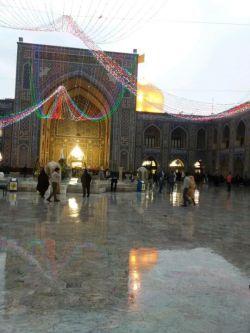 همین الان حرم امام رضا زیر بارون...