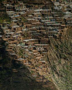 گوشیو برگردونین! ...  از زیباییهای معماری کردستان هورامان ژیوار