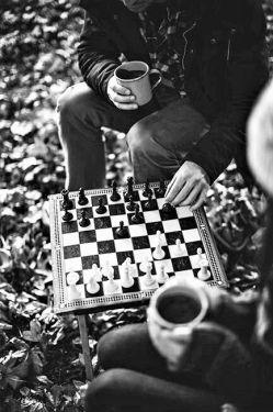 کافی است رُخت را برگردانی  استاد بزرگ #شـــطرنج هم که باشم  ماتــــت خواهــم شد